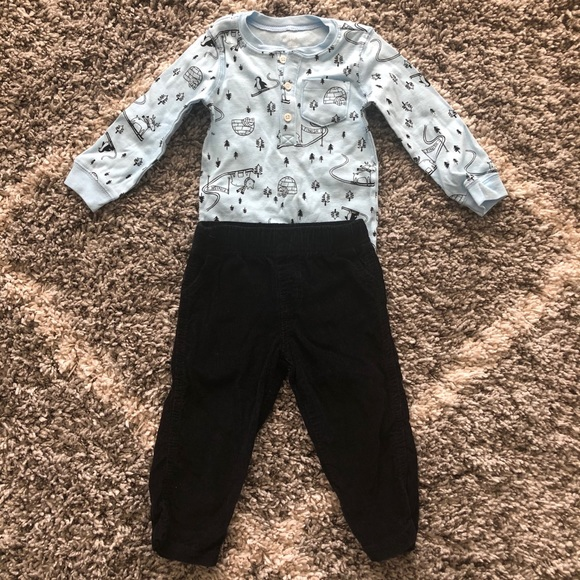 Carter's Other - Carters Outfit Bundle 18 months